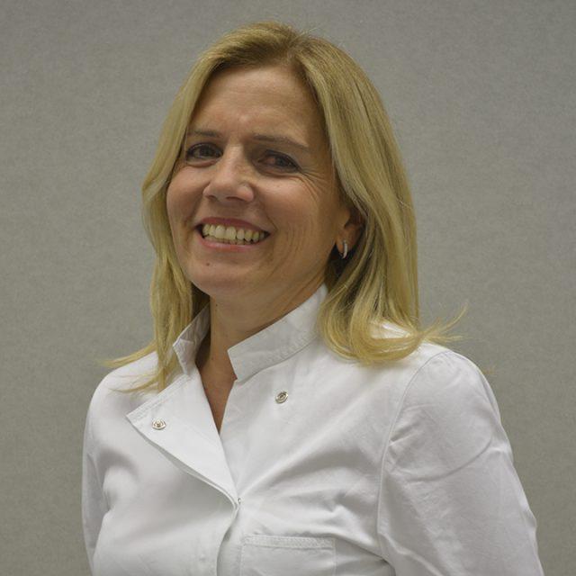 Elvira Pasqualucci